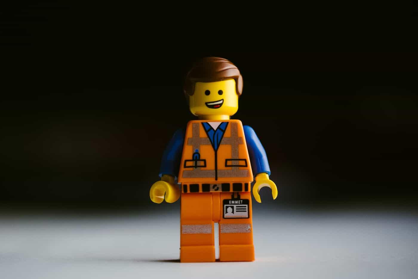 Emmet LEGO minifigure smiling face